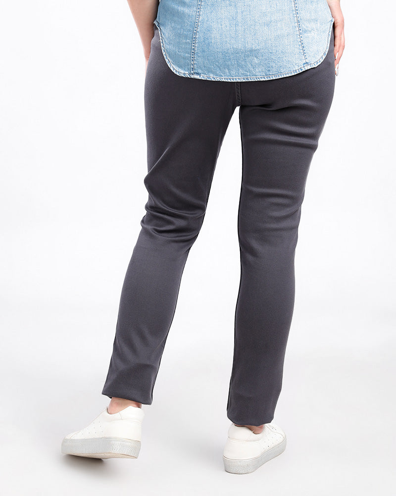 GABARDINE LEGGINGS MADE FROM FINE COTTON AND ELASTIN WITH AN ELASTIC WAIST FOR EXTRA COMFORT