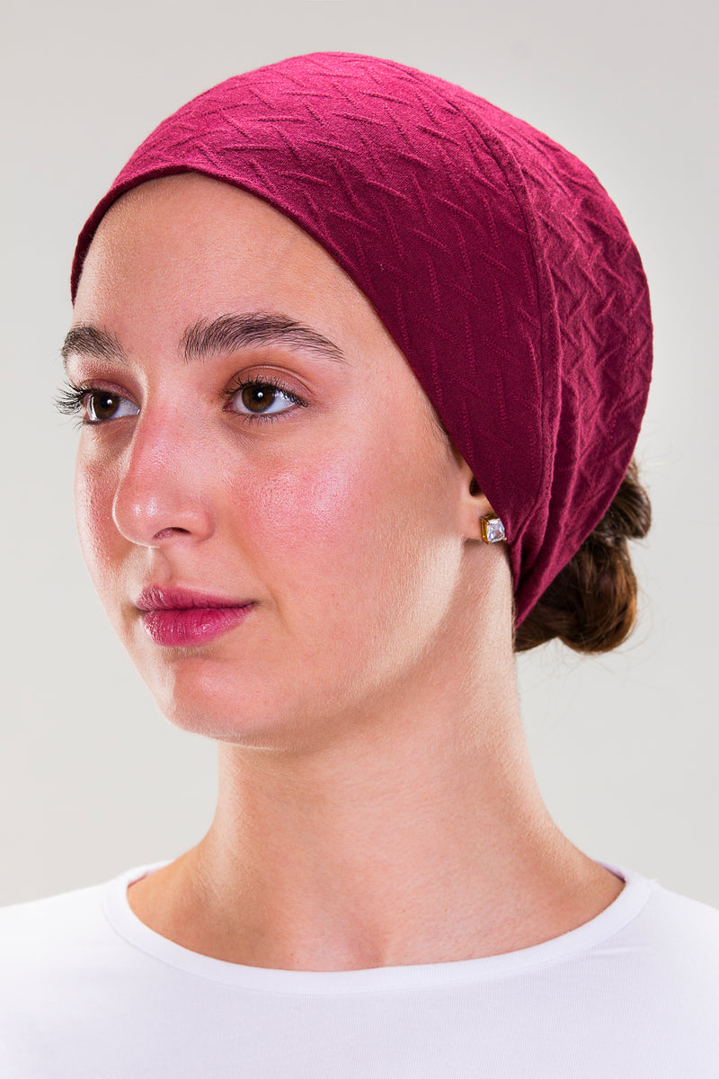 BONNET MADE FROM NATURAL RAYON