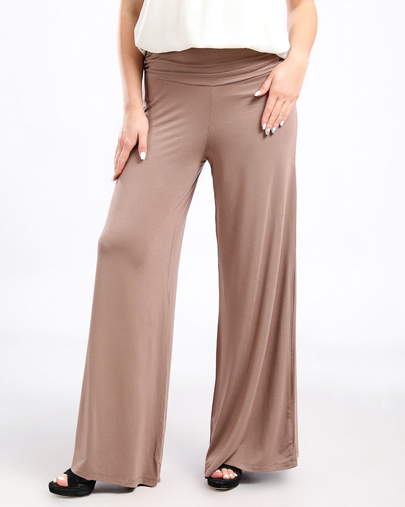 LOOSE FIT FLOWY PANTS,  WITH A WIDE ELASTIC PLEATED WAIST BAND FOR EXTREME COMFORT.
