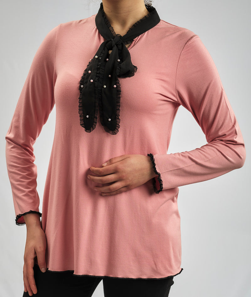 BASIC MODAL BLOUSE WITH BLACK BOW COLLAR