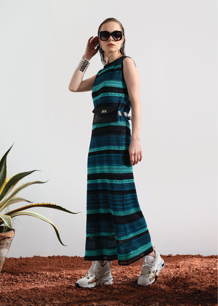 AJOUR LONG DRESS MADE IN A UNIQUE KNITWEAR PATTERN IN SHADES OF THE BLUE SEA