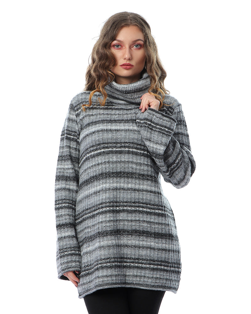 KNITWEAR BLOUSE IN SHADES OF GREY - MADE FROM EXTRA SOFT MOHAIR YARN