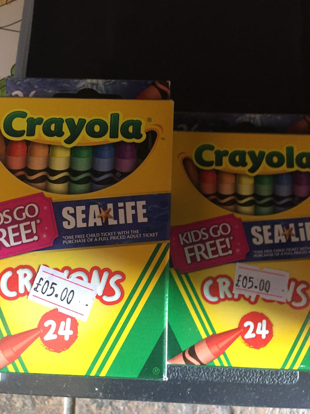 Crayola crayons 24s - First Class Learning Bradford