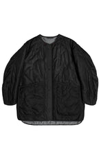 Load image into Gallery viewer, The Reversible Cropped Quilt, Anthracite and Black