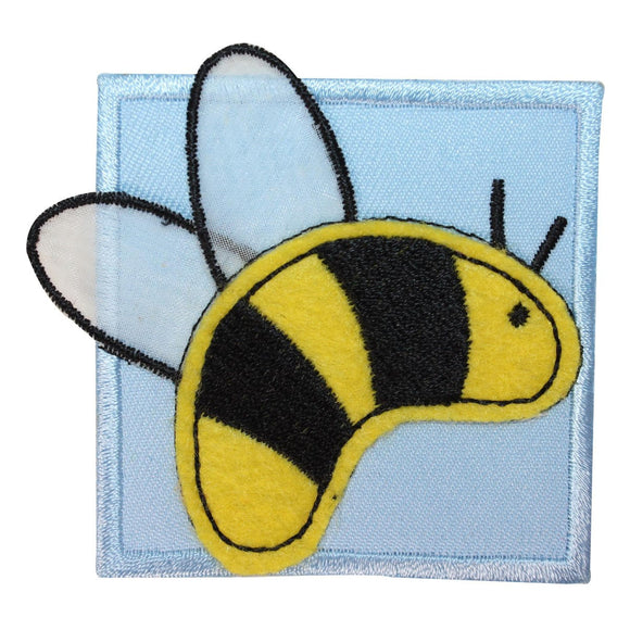 ID 1719A Bumblebee Bug Badge Patch Garden Bee Honey Embroidered Iron On Applique