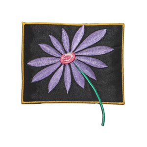 ID 5096 Purple Daisy Badge Patch Flower Bloom Craft Embroidered Iron On Applique