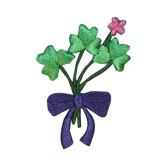 ID 3308 Bouquet Of Clovers Patch ST Patrick's Day Embroidered Iron On Applique