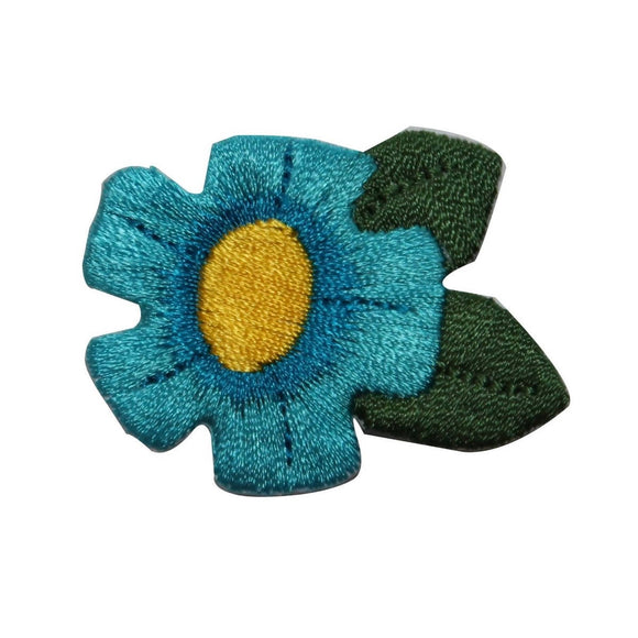 ID 6542 Blue Daisy Flower Patch Garden Plant Bloom Embroidered Iron On Applique