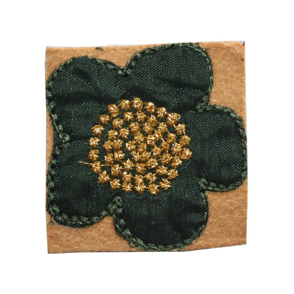 ID 6960 Green Flower Badge Patch Gold Emblem Garden Embroidered Iron On Applique