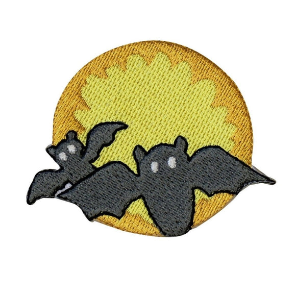 ID 0934 Pair of Bats Moon Patch Halloween Night Embroidered Iron On Applique