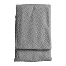 Load image into Gallery viewer, Embossed Chevron Throw 130x170cm