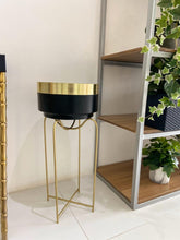 Load image into Gallery viewer, Black & Gold Planter