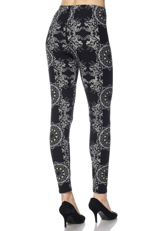 Symmetry Pattern Print Ankle Leggings
