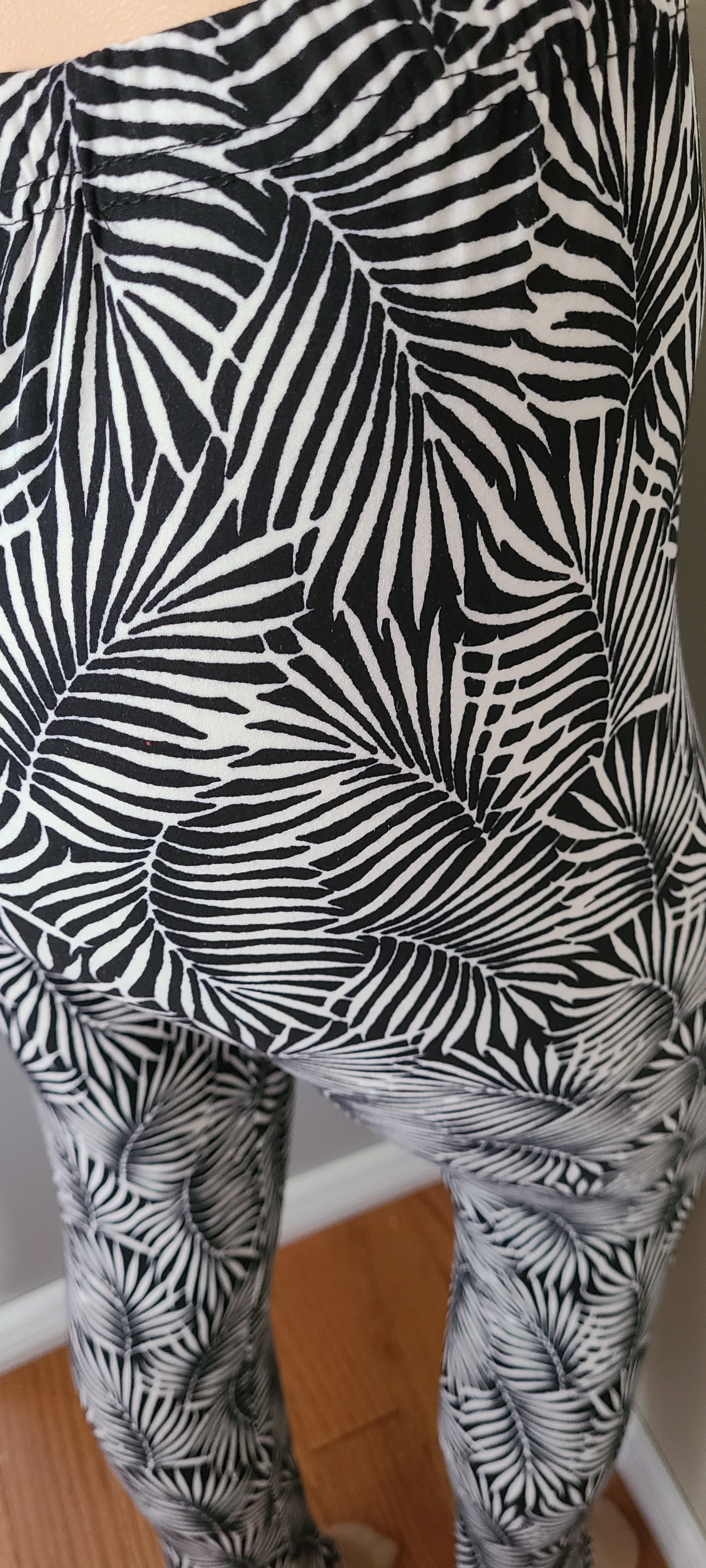 Adult Black And White Palm Leggings