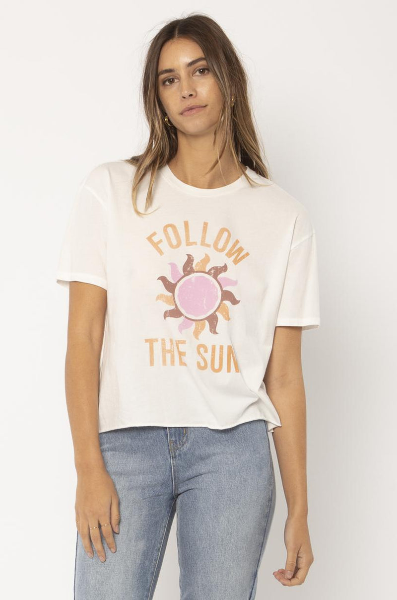 FOLLOW THE SUN S/S KNIT TEE-VWT