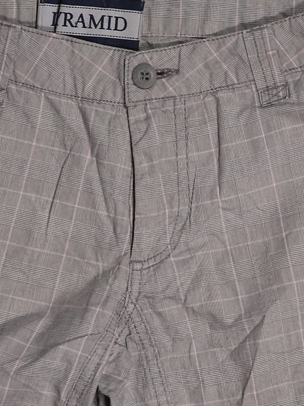 Detail photo of Preloved Pyramid Beige Man's shorts - size 32/XXS