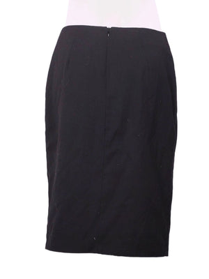 Back photo of Preloved List Black Woman's skirt - size 10/M