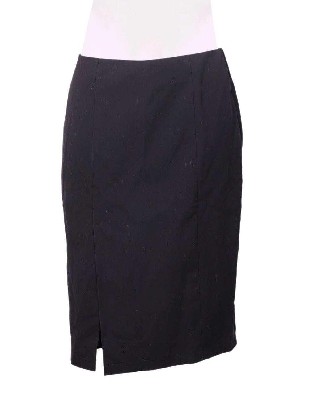 Front photo of Preloved List Black Woman's skirt - size 10/M