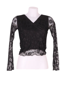 Front photo of Preloved Bucle Black Woman's long sleeved shirt - size 8/S