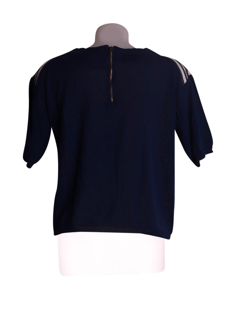 Back photo of Preloved Gold Case Blue Woman's t-shirt - size 10/M