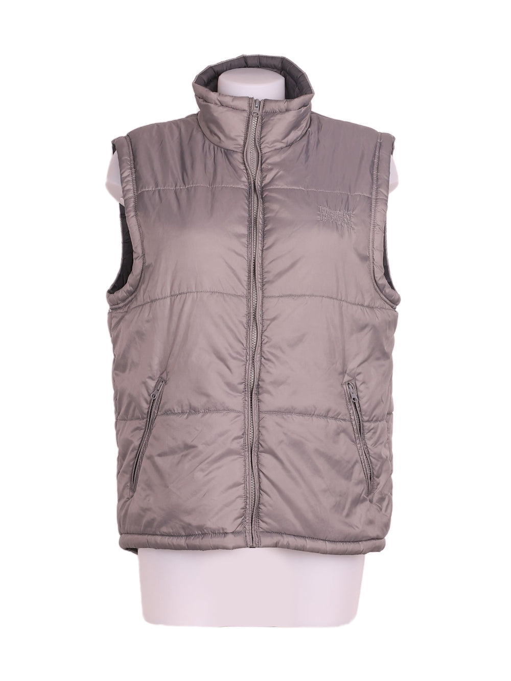 Front photo of Preloved Everlast Grey Woman's sleeveless winter coat - size 12/L