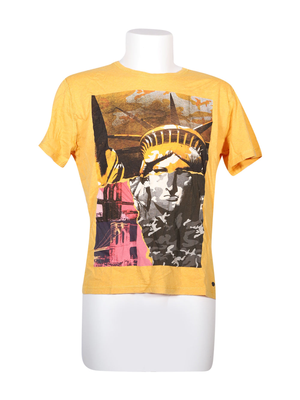 Front photo of Preloved Pepe Jeans Yellow Man's t-shirt - size 36/S