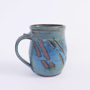hand thrown ceramic pottery mug with handle