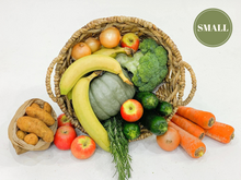 Load image into Gallery viewer, Elisha Foods  Small Certified Organic Fruit & Veg Box  - Home Delivered Bayside Melbourne