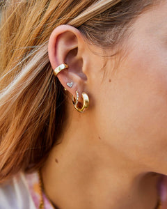 Kendra Scott Mikki Huggie Earrings in Gold
