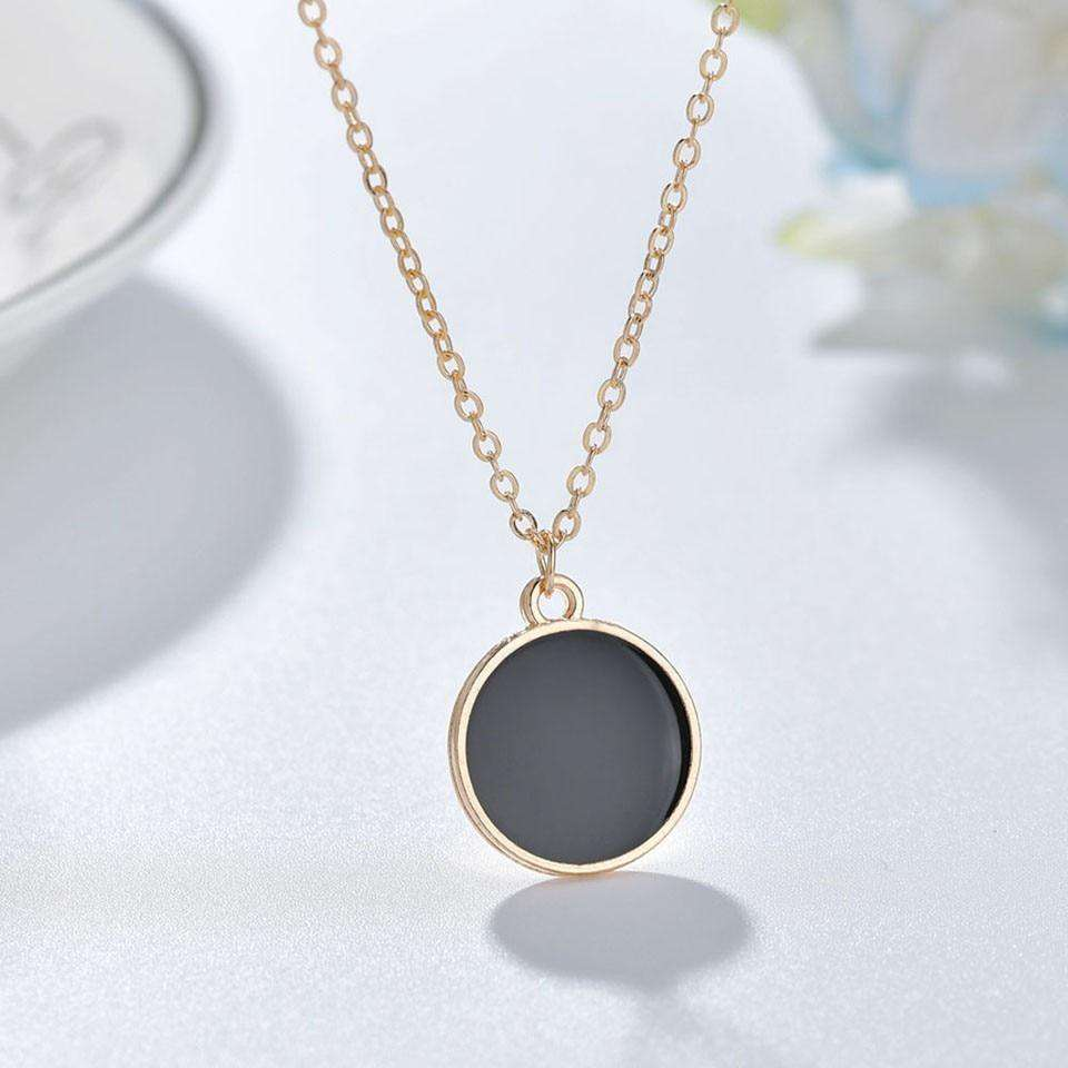 Round Black Pendant Necklace