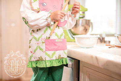 Emerson Art Apron - Highland Park Peanut with Elephant Applique
