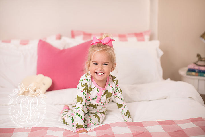 Sara Jane's Sweet Dreams Set - Highland Park Peanut with Hamptons Hot Pink Trim