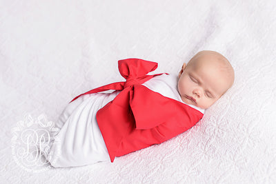 Bow Swaddle <sup>®</sup> - Richmond Red