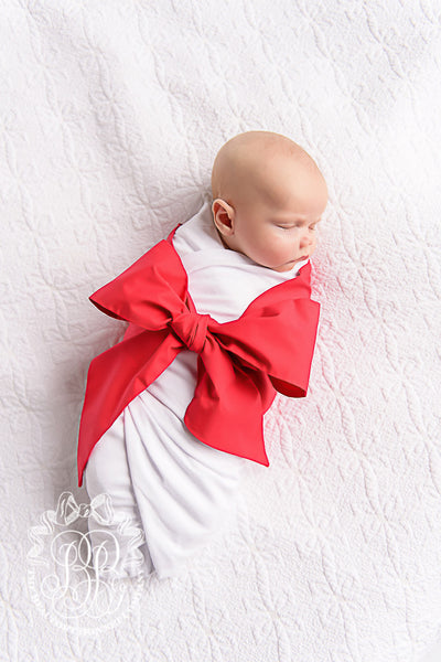 Bow Swaddle <sup>®</sup> - Worth Avenue White with Richmond Red