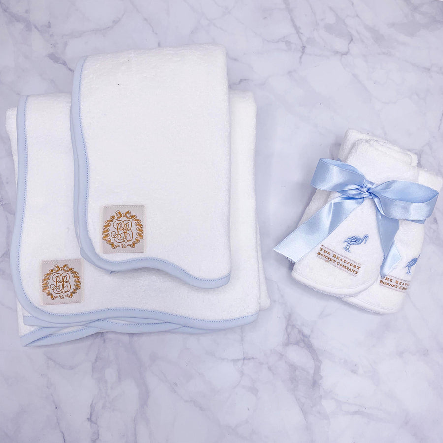 Boone Hall Bath Towel - Worth Avenue White with Buckhead Blue
