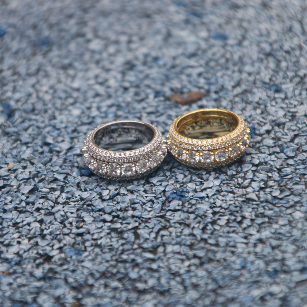 CLUSTERED RING | - 18K Gold