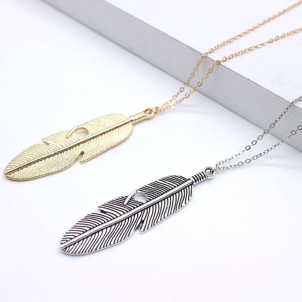 L'ouverture | The Feather |