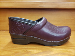Dansko Professional Wine Embossed leather