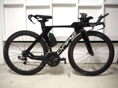 Moya Johansson's Dare TT bike in black