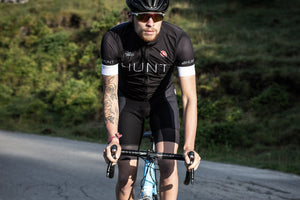 <h1>Free Aero Race Bib Shorts</h1><i>Doppio V construction in front for increased support and comfort</i>