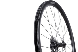 HUNT 35 Carbon Gravel Disc X-Wide Hookless Wheelset