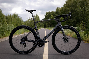 <h1>Dream Build</h1><i>Scott Foil</i>