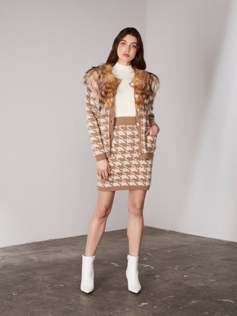 Caramel Houndstooth Buttoned Cardigan