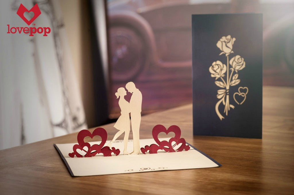 Pop up card of a couple in love, Anniversary card, Valentine's Day
