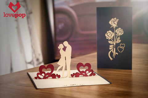 3D pop-up card of couple in love