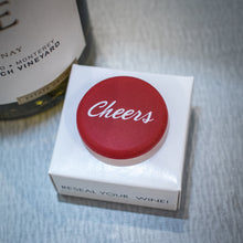 Load image into Gallery viewer, CapaBunga Wine Bottle Cap - Cheers