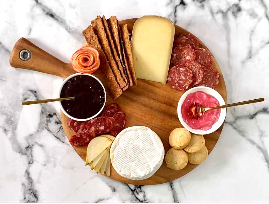 How to Assemble Your Charcuterie & Cheese Board