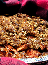 Load image into Gallery viewer, Chef Laura's Old Fashioned Apple Crumble (8 inch - Frozen)