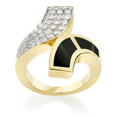 Kissed By Design Ring Classic Collection