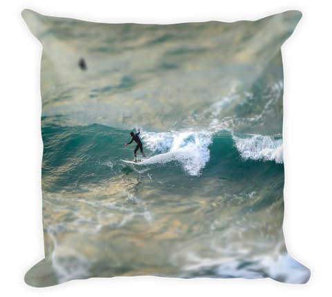 Decorative Throw Pillow / Surf your Wave of Life (Pacific Ocean) - Cal31.com